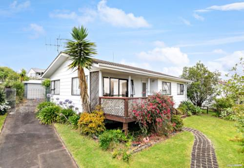 Bucklands Beach, URGENT NOTICE PRE AUCTION NOW SELLING 10AM 26 JANUARY 2021, Property ID: 804742 | Barfoot & Thompson