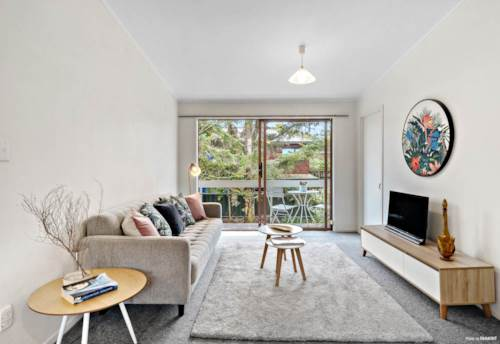 Remuera, Lovely Two Bedroom in Remuera , Property ID: 58003128 | Barfoot & Thompson