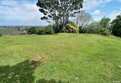 Waiuku, Accessway via Kathleen Reece Place, Property ID: 805240 | Barfoot & Thompson