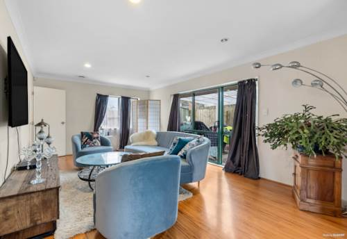 Pakuranga, Do-up potential in a great location, Property ID: 805241 | Barfoot & Thompson