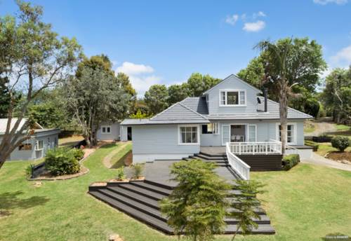 Waiuku, BUYERS PRICE GUIDE: Low $1m's Range, Property ID: 805332 | Barfoot & Thompson