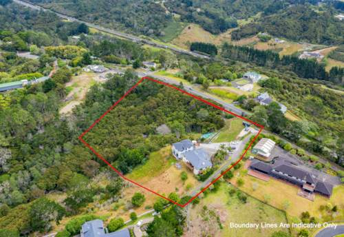 Redvale, Superb Location! Legal Home & Income! Big 17200m² Site!, Property ID: 804112   Barfoot & Thompson