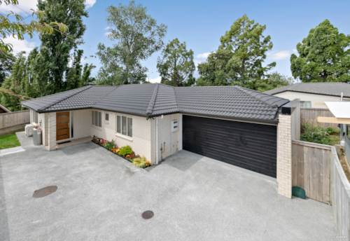 Papatoetoe, Freehold 4 Bedroom Brick & Tile... Smile!, Property ID: 805012 | Barfoot & Thompson