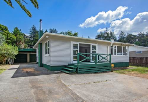 Horahora, It is a cracker and sure to please, Property ID: 801373 | Barfoot & Thompson