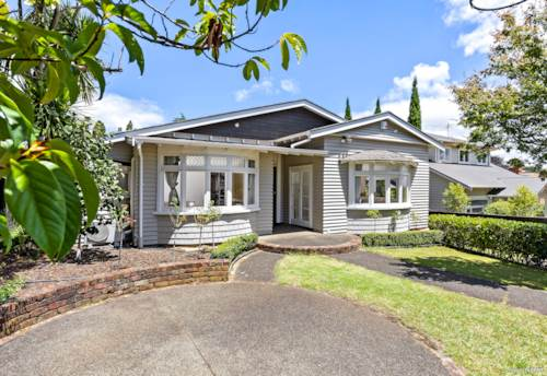 Epsom, A Home That Ticks All The Boxes, Property ID: 803976 | Barfoot & Thompson