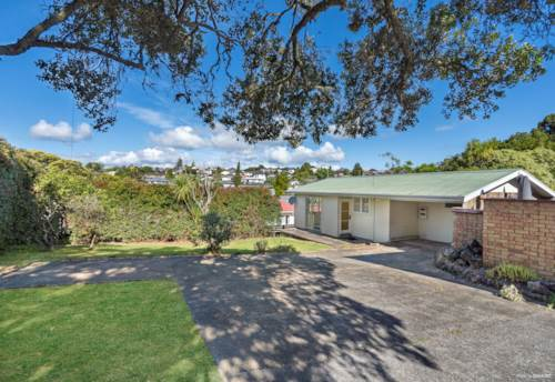 Mt Roskill, Vendor Cashing Up, Urgent Sale!, Property ID: 805520 | Barfoot & Thompson