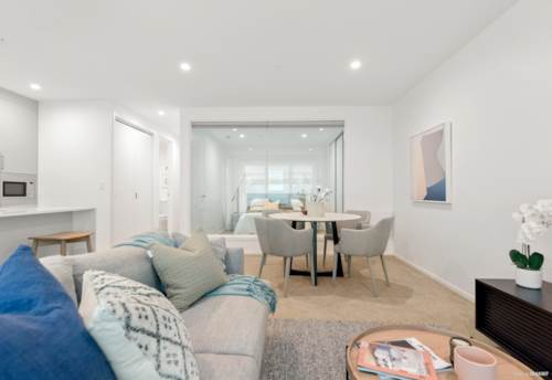 Glen Eden, Luxury Townhouse in New Complex, Property ID: 49001029 | Barfoot & Thompson