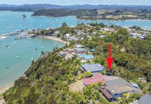 Opua, Expansive Sea Views, Property ID: 805693 | Barfoot & Thompson