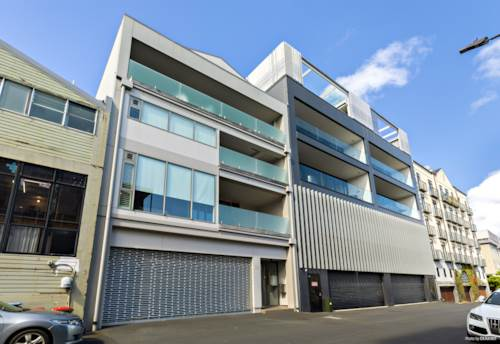 Parnell, Heart of Parnell - large executive apartment, Property ID: 37001494 | Barfoot & Thompson
