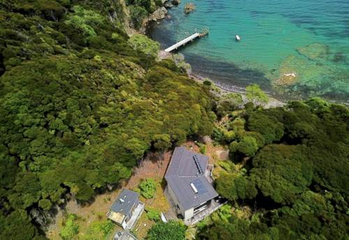 Great Barrier Island, Ahoy Boaties and those looking for peace and quiet, Property ID: 805964   Barfoot & Thompson