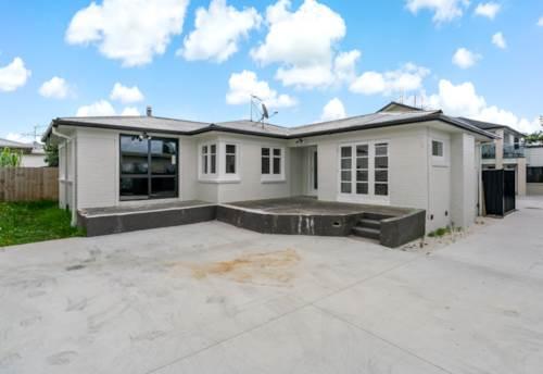 Manurewa, Renovated Brick and Tile Family Home, Property ID: 806248 | Barfoot & Thompson