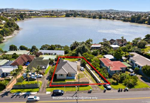 Panmure, Extensive Section with Basin View!, Property ID: 806247 | Barfoot & Thompson