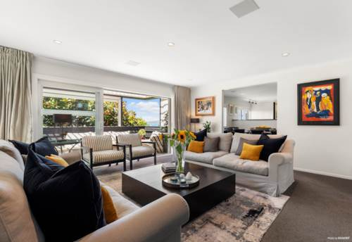 Takapuna, Stunning Lock and Leave Executive Style Home, Property ID: 806243 | Barfoot & Thompson