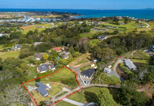 Matakatia Bay, Coastal  Serenity, Property ID: 805763 | Barfoot & Thompson