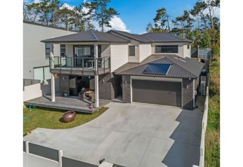 Silverdale, Stunning luxury in Millwater, Silverdale, Property ID: 70000135 | Barfoot & Thompson