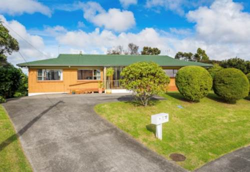 Bayview, Land is Gold in Auckland - 3370M2, Property ID: 806368 | Barfoot & Thompson