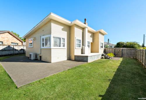Pukekohe, This home has lots to offer!, Property ID: 804352   Barfoot & Thompson