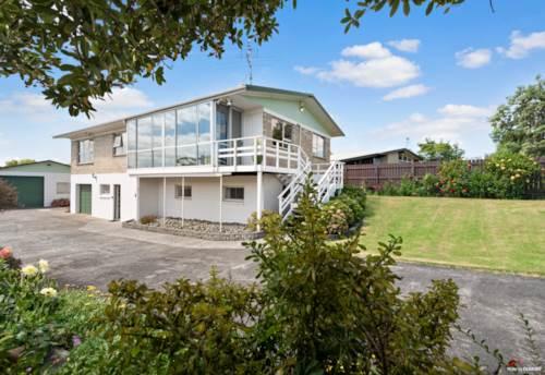 Waiuku, Forever Family Home, Property ID: 806117 | Barfoot & Thompson