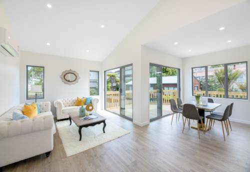 Pinehill, Freehold In Pinehill - Rangitoto College, Property ID: 806409 | Barfoot & Thompson