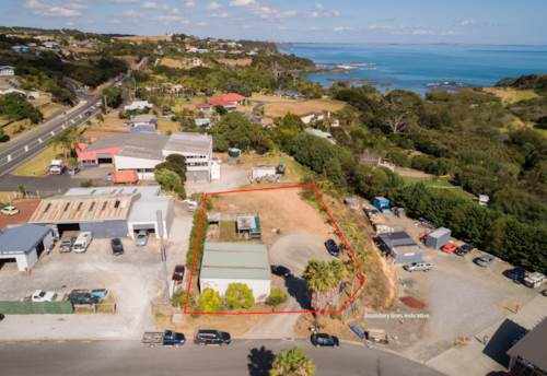 Coopers Beach, Bitesize Freehold Commercial Opportunity, Property ID: 85491 | Barfoot & Thompson