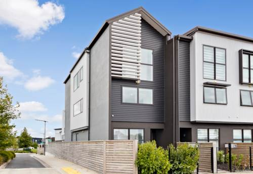 Hobsonville, Spacious corner home in the heart of Hobsonville, Property ID: 806705 | Barfoot & Thompson