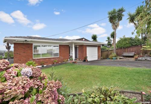 Te Atatu South, A smart home for a savvy buyer, Property ID: 806733 | Barfoot & Thompson