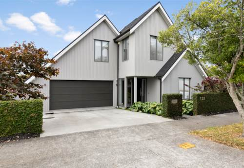 Greenlane, A Builder's Own Home by St Cuthbert's in DGZ, Property ID: 806722   Barfoot & Thompson