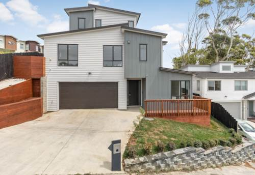 Unsworth Heights, Your Ultimate Family Home, Property ID: 806713 | Barfoot & Thompson