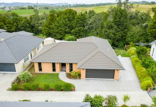 Maunu, Peace and quiet in the heart of Maunu, Property ID: 806747 | Barfoot & Thompson