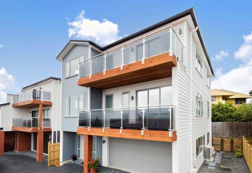 New Lynn, Brilliant view! Brand New! Freehold!, Property ID: 806856 | Barfoot & Thompson