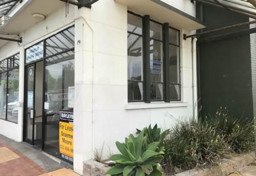 Pukekohe, 58.4M2 FIRST FLOOR OFFICE, Property ID: 85544 | Barfoot & Thompson