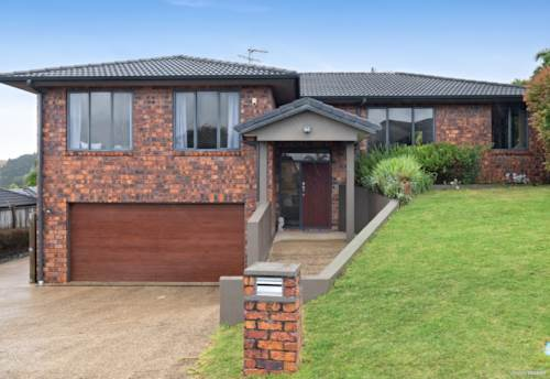 Pukekohe, Extended Family Living in Valley, Property ID: 807010 | Barfoot & Thompson