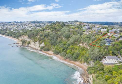 Stanmore Bay, King-sized Opportunity in Stanmore Bay, Property ID: 807045   Barfoot & Thompson