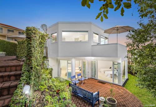 St Heliers, Magnificent Views, Affordable Price Tag, Property ID: 807125 | Barfoot & Thompson