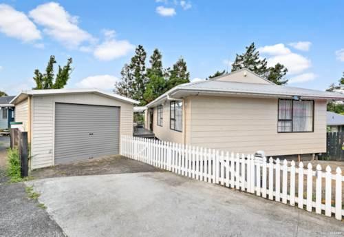 Henderson, FRESH & FABULOUS, Property ID: 806205 | Barfoot & Thompson