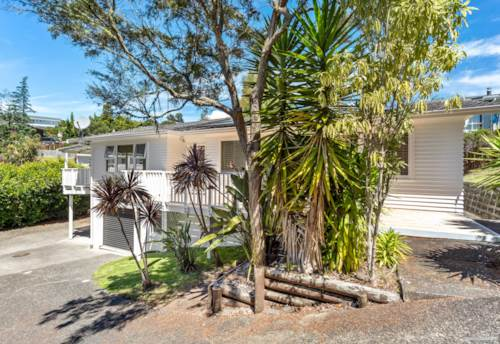 Hillcrest, MOVE STRAIGHT IN, Property ID: 807018 | Barfoot & Thompson