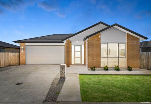 Papakura, Freehold Family Home - Must Be Sold, Property ID: 807347 | Barfoot & Thompson
