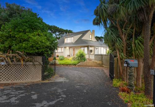 Waiuku, Nikau Cottage (1.4467 ha), Property ID: 807409 | Barfoot & Thompson