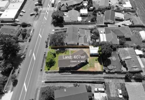 Pakuranga Heights, Family Home With Future Potential, Property ID: 807185   Barfoot & Thompson