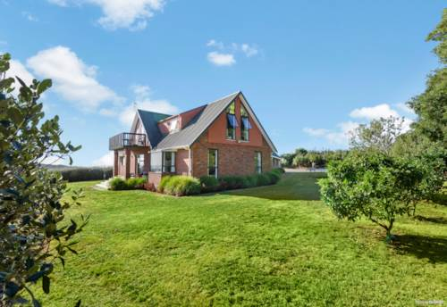 Pukekawa, The Half Acre Dream, Property ID: 807094 | Barfoot & Thompson