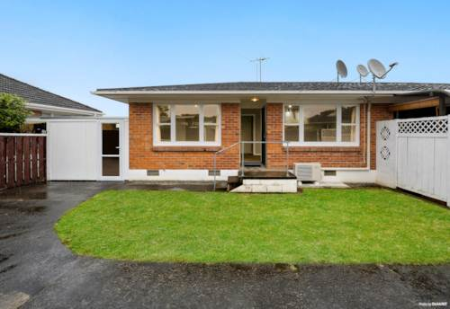 Papatoetoe, Time to jump on the property ladder, Property ID: 807266   Barfoot & Thompson