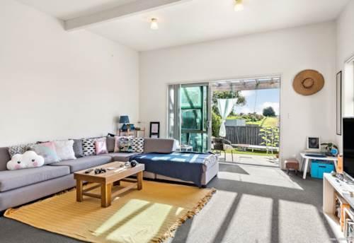 Tuakau, DON'T MISS THIS!, Property ID: 807565 | Barfoot & Thompson