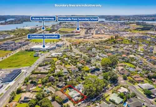 Hobsonville, Hobsonville's Secret Gem!, Property ID: 807477 | Barfoot & Thompson