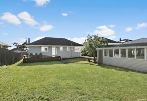 Otara, FIRST HOME BUYERS AND SMART INVESTORS, Property ID: 806978   Barfoot & Thompson