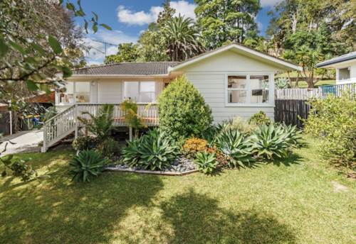 Glenfield, Great in Glenfield! - UNDER CONTRACT, Property ID: 84001275 | Barfoot & Thompson