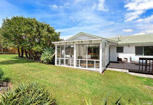 Red Beach, Private and Peaceful Living, Property ID: 806975   Barfoot & Thompson