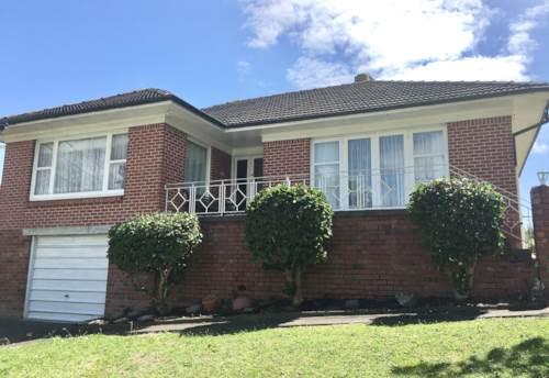 Howick, O'Halloran Rd - Howick, Property ID: 32001478   Barfoot & Thompson