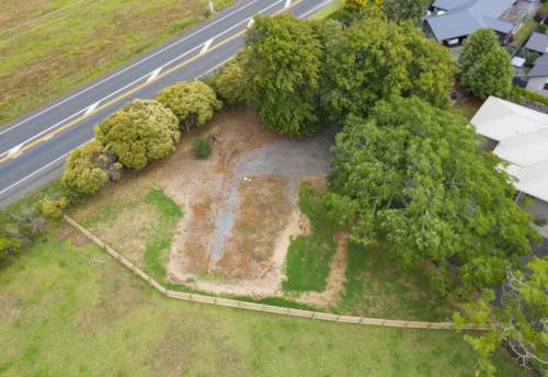 Pukekohe, Privacy In Town, Won't Last, Be Fast, Property ID: 807531 | Barfoot & Thompson