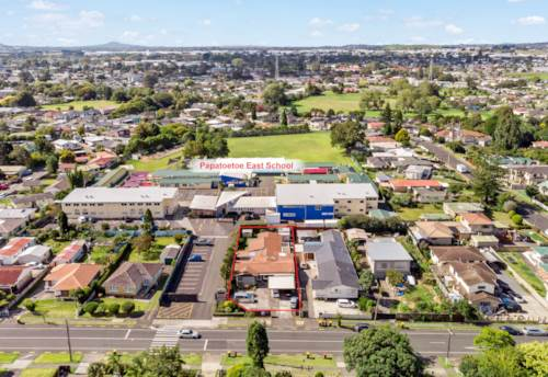 Papatoetoe, Cash Cow with Development Potential, Property ID: 807345   Barfoot & Thompson
