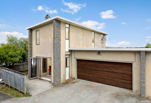 Pukekohe, Solid and Ready to Roll!, Property ID: 807451 | Barfoot & Thompson